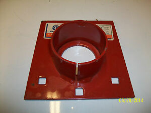 New Holland Bearing Holder For Manure Spreaders part 182536