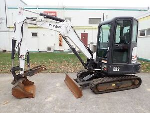 2015 Bobcat E32 Mini Excavator Erops Heat ac Hydraulic Thumb Long Arm Option