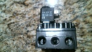 Aro Ingersoll Rand A212ss 120 a D0176 Solenoid Control Value free Shipping