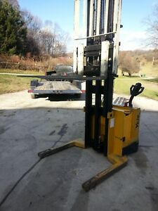 Yale Electric Walkie Stacker Pallet Jack Forklift Truck Side Shift Newark Ohio