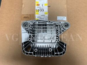 Bmw Genuine E46 M3 Rear Differential Cover With Mounts Coupe Convertible 2001 06
