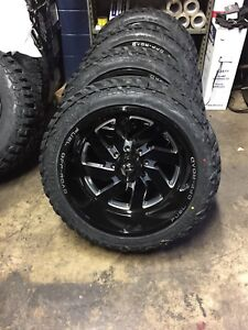22x12 Fuel D582 Turbo 33 Gripper Mt Wheel And Tire Package 8x6 5 Dodge Ram 2500