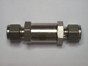 1 Swagelok Stainless Steel Check Valve 3 8 Tube Ss 6c 1 3 1 3 Psi