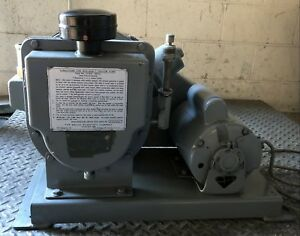 Welch Duo seal Vacuum Pump Rotary Vane Laboratory Industrial A