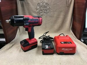 Snap on Ct8850 18v 1 2 Cordless Impact Wrench 2 Li ion Batteries charger