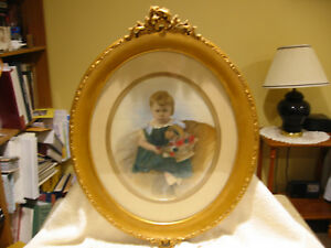 Vintage Wooden Gilded Gold Oval Picture Frame With Picture