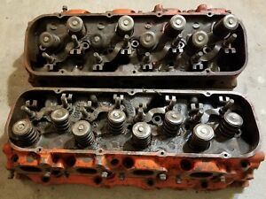 Pair Of 781 Oval Port Cylinder Heads For A Big Block Chevrolet