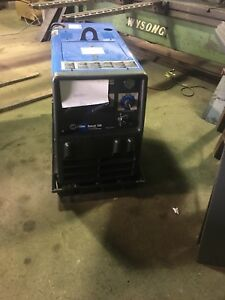 Miller Bobcat 250 Welder 100 Hours Use Only
