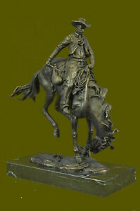 Frederic Remington Outlaw Signed Bronze Sculpture Statue Black Marble Base Deal