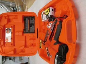 Paslode Cordless 16 Gauge Angled Lithium ion Finish Nailer 2 Fuel Cells W box