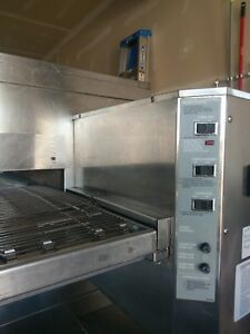 Double Stack Lincoln Impinger 32 Conveyor Gas Pizza Oven High Output