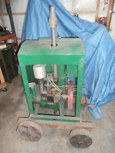 Leroi 2 Cylinder Antique Hopper Cooled Gas Engine Not Hit And Miss