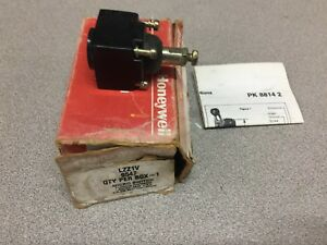 New In Box Honeywell Micro Switch Lzz1v