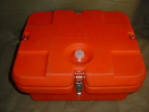 Cambro 240mpc 1 Camcarrier Fits Half Sized Food Pans Hunter Orange W Air Vent