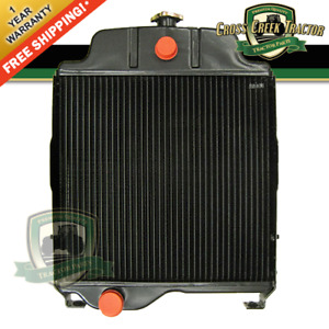 At20797 New Radiator For John Deere 820 920 1020 1120 300 301