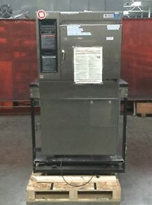 Steris amsco Eagle Series Envirosystems Sterilizer Model 3017 115v 14a 50 60hz