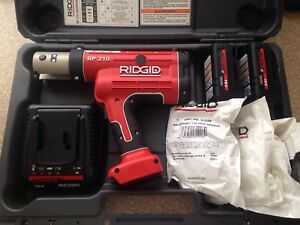 Ridgid Rp210b Propress Press Tool 18v Crimper 1 2 1 1 4 copper Jaws Viega Rigid