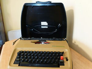 Sears Electric 1 Typewriter 161 53202 Works New Black red Ribbon