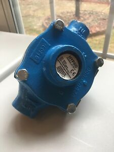 Hypro Agriculture Spraying Pump P n 6500c S n 18117 92904 Max Psi bar 300