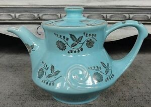 Vintage Pearl China Co Teapot Beautiful Blue With 22 Karat Gold Usa