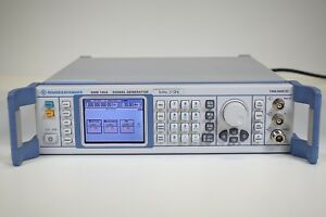 Rohde Schwarz Smb100a Rf And Microwave Signal Generator 9 Khz To 1 1 Ghz
