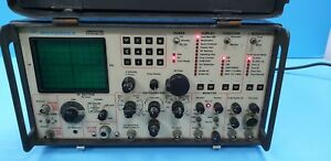 Motorola R2001d Communications Systems Analyzer R2021d hs 220v Powers Up as Is