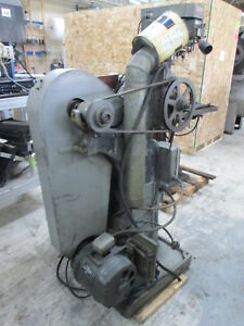 U s Machine Tool Co 23 X 4 1hp 115 230v 1ph Horizontal Milling Machine