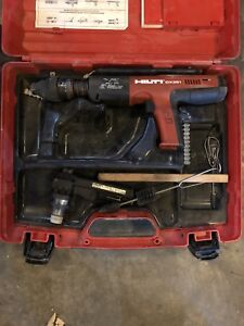 Very Nice Hilti Dx 351 Powder Actuated Tool Hilti Case Case With Mx 32 Mag