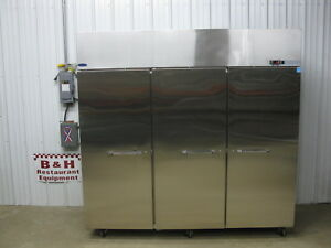 Norlake Three 3 Door Stainless Steel Commercial Reach In Freezer Nf803sss 0