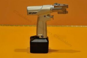 Stryker System 7 High speed Precision Saw 7209 W smartlife Large Battery 7215