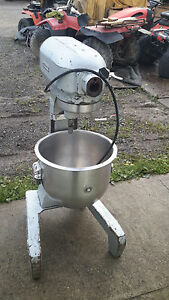 Hobart 20 Qt Bakery Donut Pizza Dough Mixer Bowl Model A 200 Commercial A20