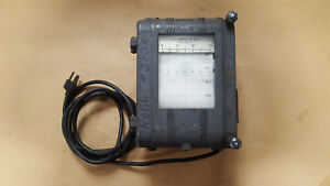 Model 8cf7bab11 Vintage A c Amperes Or Volts Meter