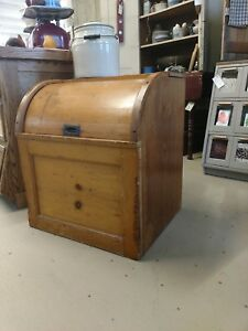 Antique Country Store Grain Feed Farm Bin With Roll Top Lid Unique
