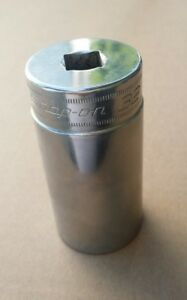 Snap on Tools 1 2 Drive Chrome 32mm Metric Deep 12 Point Socket Sm32