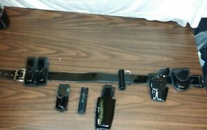 G g Leather Police Duty Belt Size 34 W buckle X26 Taser Cuff Mag Etc