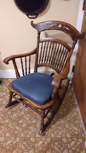 Antique Beautiful Hardwood Medium Sized Wood Grain Rocking Chair With Cushion