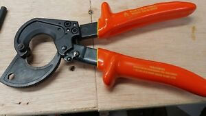 Klein 63060 Ratcheting Cable Cutter With High Voltage Insulated Grips Used