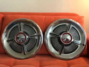 1965 Ford Galaxie Spinner Hubcaps