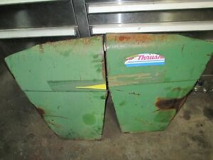 John Deere 2840 Side Panels