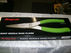 Novelty Snap On 96 Acf Needle Nose Pliers Green Handle Wall Mount Display 24