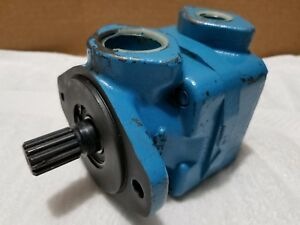 Vickers Vane Pump V20 1p6p 23c11 Splined Shaft 1 1 4 X 3 4 Npt 6 Us Gpm New