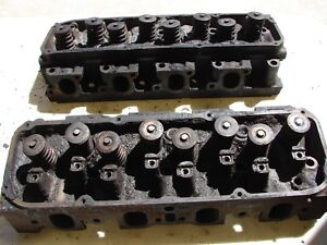 Ford 351 Cleveland 2v Open Chamber Cylinder Heads D1ae Cb