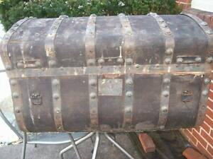 Antique Jenny Lind Trunk