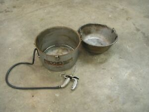 Ridgid 318 Oiler Oil Bucket with Metal Strainer