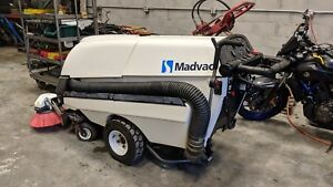 Madvac Ps 300 Pedestrian Sweeper Vacuum Green Machine Tennant Only 5 Hours