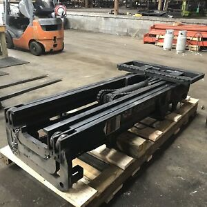 T001809 Fsv 3 Stage Toyota Forklift Mast Good Used Condition