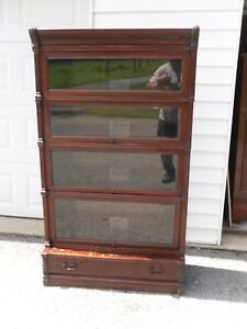 Globe Wernicke Ideal Mahogany Barrister Bookcase Beveled Glass Very Rare