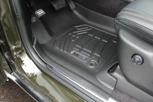 Front Row Floor Mats By Wade Black 2013 2018 Jeep Grand Cherokee