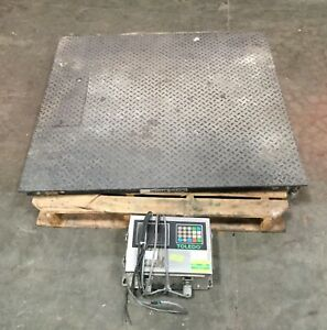 Mettler Toledo 2500 Lb Floor Scale 48 X 48 W Toledo Digital Readout 8142