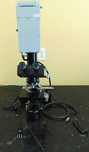 Leitz Wetzler Microscopes With Leitz Wetzler 7864 Light Source Mr104x